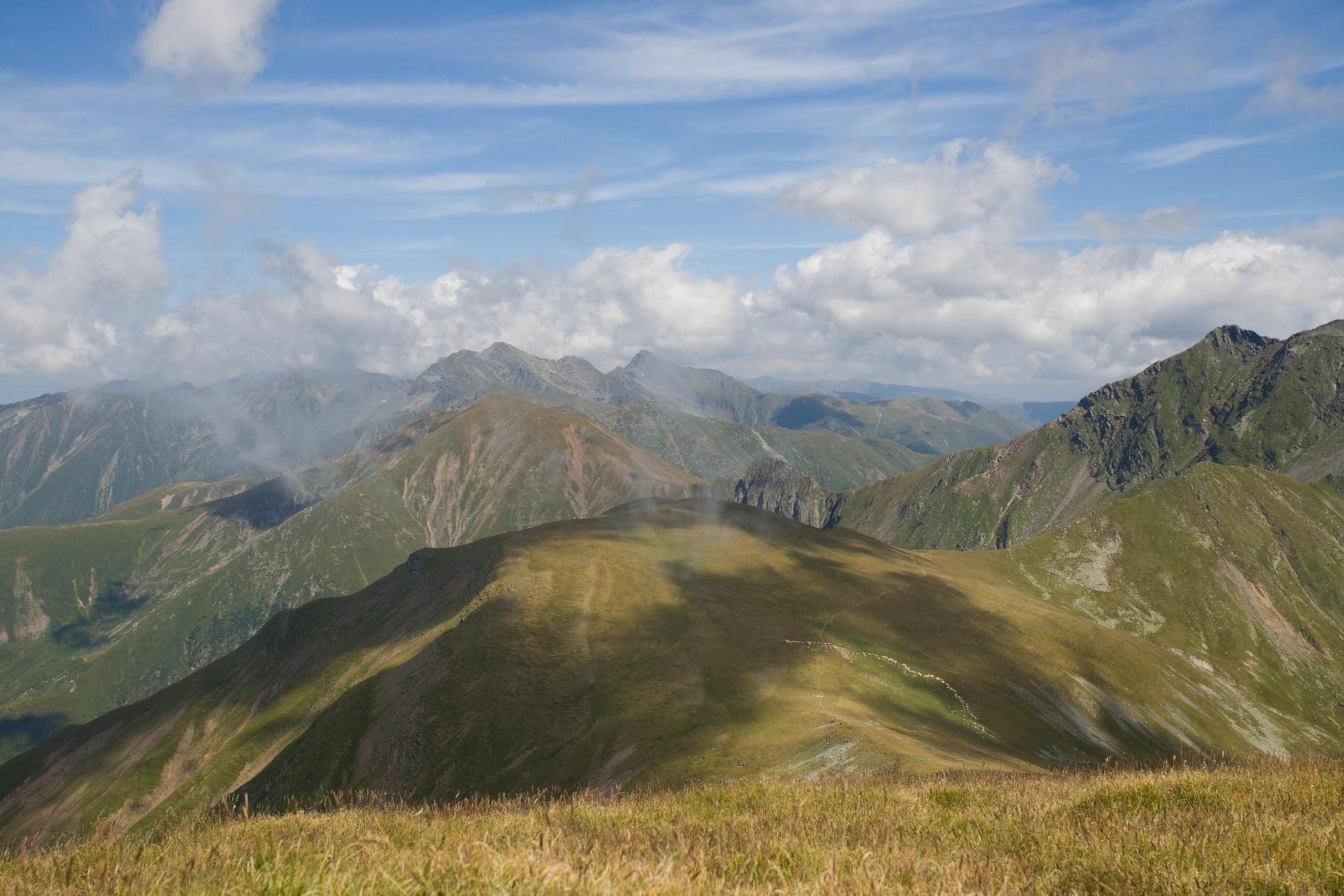 Budislavu peak, Munții Făgăraș, Romania Canon EOS 6D mark II, Canon 17-40 mm, 40 mm, f9, 1_500, ISO 160, 10. august 2019